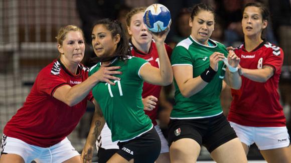 Selección de balonmano de México debutó con triunfo sobre Canadá.