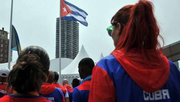 Bandera-cubana-en-Toronto-2015_ab-620x330