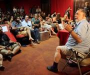 """""""Vengo a conversar con ustedes sobre cine. Díganme qué temas les interesan más"""". Así comenzó Francis Ford Coppola su conferencia en la sala Glauber Rocha . Foto: Alba León Infante"""