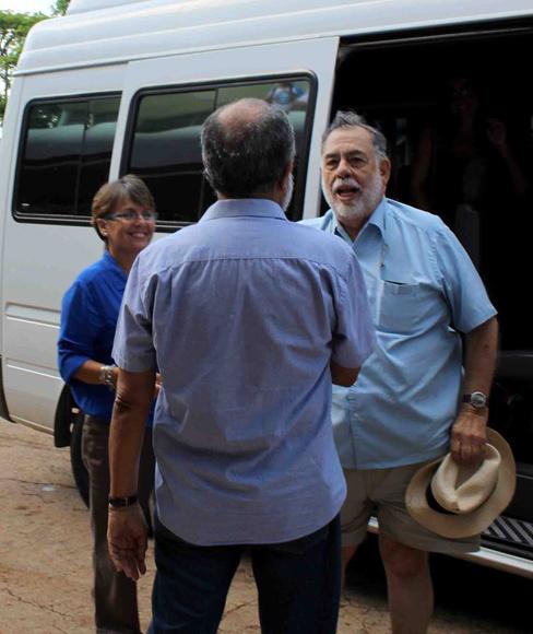 Llegada de Francis Ford Coppola a la Escuela. Foto: Alba León Infante