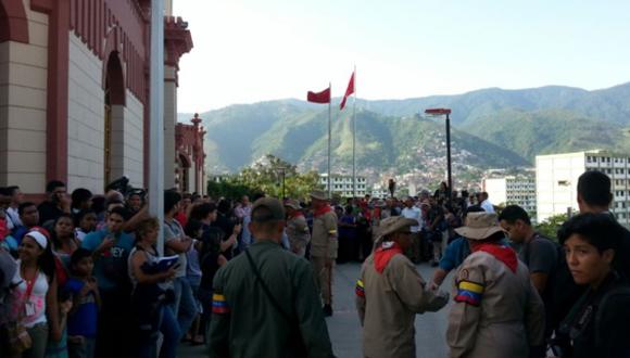El pueblo venezolano asiste al 4F. Foto: Telesur