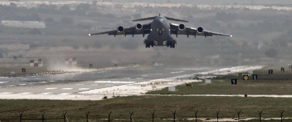Avión de EE UU en Incirlik, desde donde se han realizado los ataques..(AP Photo/Vadim Ghirda, File)
