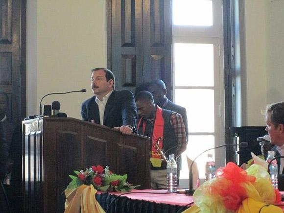 La visita fue recibida en el Comité Provincial del MPLA en Huíla.