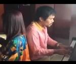 Manny Pacquiao interpreta Let it Be