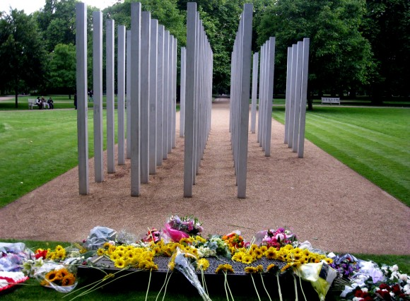 Memorial para las víctimas de los atentados del 7 de julio de 2005 en el céntrico Hyde Park londinense.