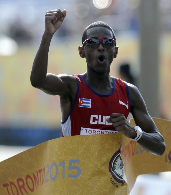 Oro en maratón panamericano Riicher Perez. Foto: Ricardo López Hevia