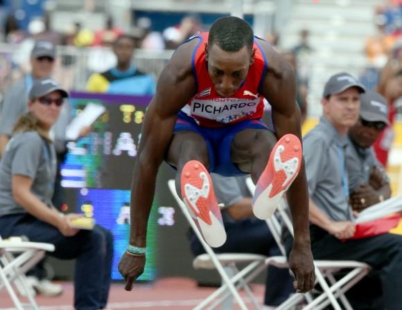 Pedro Pablo Pichardo, Campeón Panamericanos en Triple Salto con 17.54 m, 24 de julio de 2015. Foto: Ricardo López Hevia.