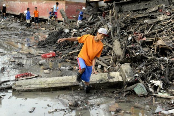 Tacloban City, en la provincia filipina de Leyte, tras el paso del tifón Yolanda/Haiyan. Foto: Evan Schneider/ONU