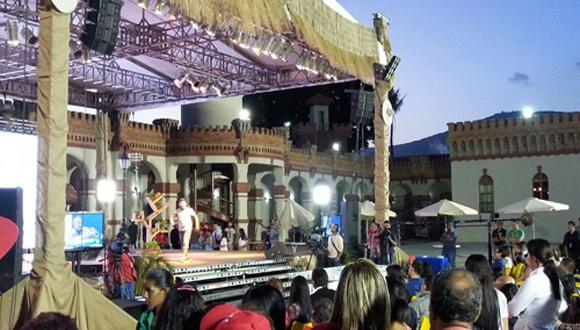 También se realizaron actividades culturales en homenaje a Chávez. Foto: Telesur.