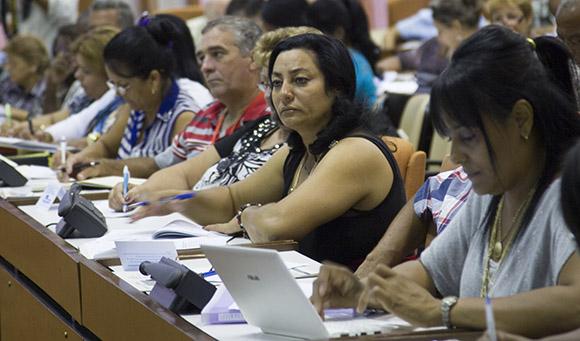 Comisión de Atención de los Servicios. Foto: Ismael Francisco/Cubadebate.