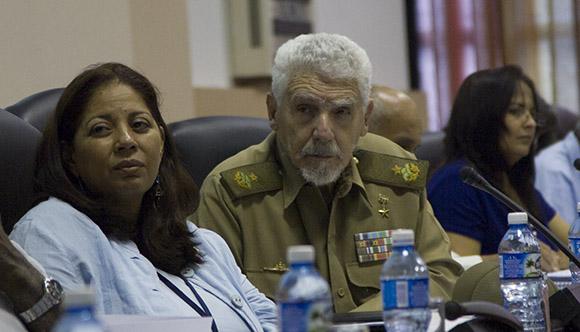 Ramiro Valdés, Comandante de la Revolución en la Comisión de Atención de los Servicios. Foto: Ismael Francisco/Cubadebate.