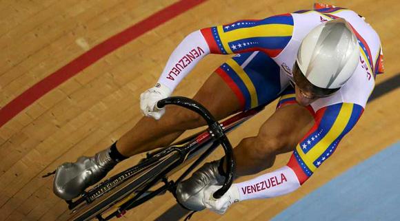 Venezuela ganó plata en la velocidad por equipos del ciclismo de pista.