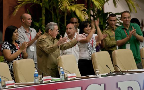Asistió Raúl Castro a la inauguración del X Congreso de la UJC. Foto: Ladyrene Pérez/ Cubadebate.