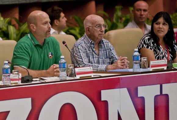 Los Cinco compartieron sus experiencias con los delegados en la inauguración del X Congreso de la UJC. Foto: Ladyrene Pérez/ Cubadebate.