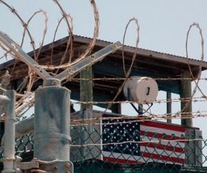 Senadores de EEUU piden llevar a Guantánamo a terroristas de Estado Islámico