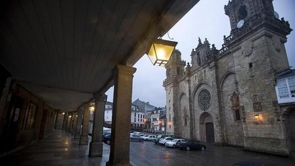 La Catedral de Mondoñedo forma parte del Camino del Norte a Santiago.