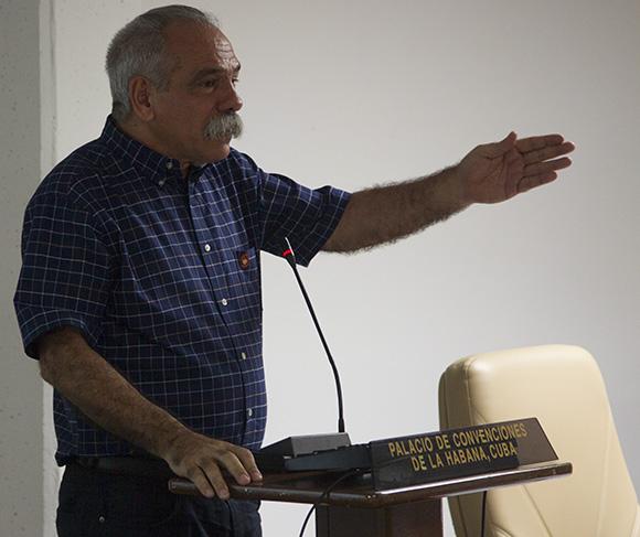 Comision de Salud y Deporte, Doc. Jorge Gonzalez. Foto: Ismael Francisco/ Cubadebate