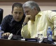 Luis Morlote y Miguel Díaz-Canel durante los debates de la Comisión Educación, cultura, ciencia, tecnología y medio ambiente. Foto: Ladyrene Pérez/ Cubadebate.