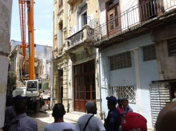 Derrumbe en La Habana. Foto: Facebook