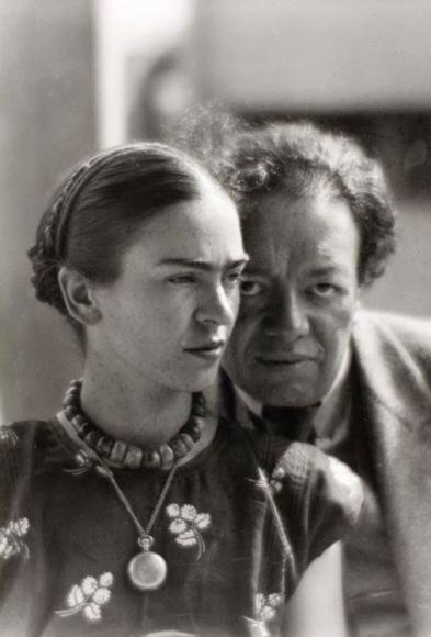 Frida Kahlo junto al que fuera su esposo, el tampién artista plástico, Diego Rivera.