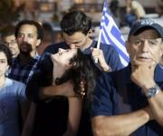 Rotundo NO de Grecia: 61% de los votantes rechazaron paquetazo europeo