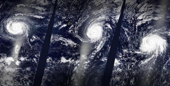 Por primera vez desde que hay registros, tres huracanes de categoría 4 se han formado simultáneamente en el Oceáno Pacífico. Han sido denominados Kilo, Ignacio y Jimena, de este a oeste. Una imagen de satélite de la NASA ofrece una vista sin precedentes.