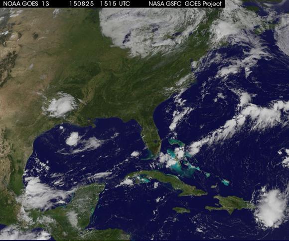 Decretan fase de alerta ciclónica para varias provincias del país