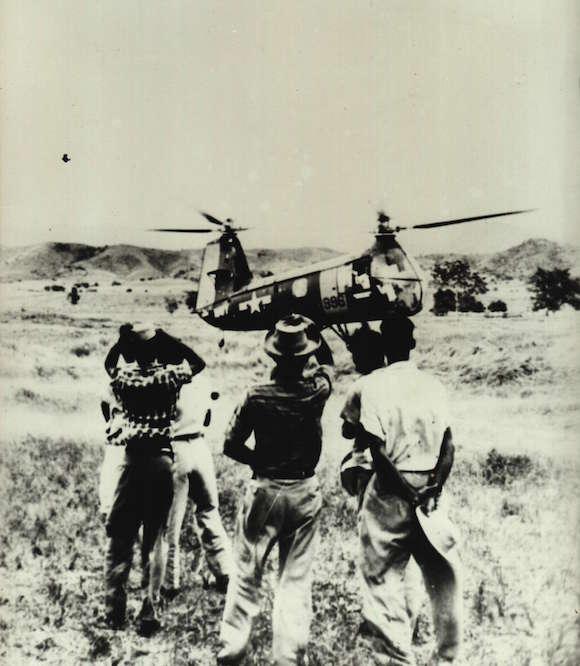 """Todos los """"Testigos Internacionales"""" fueron siendo liberados paulatinamente; los marines los últimos en ser devueltos el 18 de julio. Todos muy contentos y felices de sus """"vacaciones"""" en el II Frente. Foto: Archivo de la autora."""