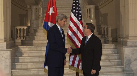 Un professeur brésilien souligne l'importance du rétablissements des liens entre Cuba et les États-Unis