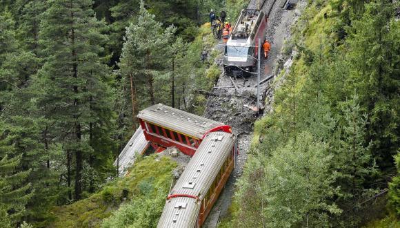 escarrilamiento-de-dos-trenes-en-la-India