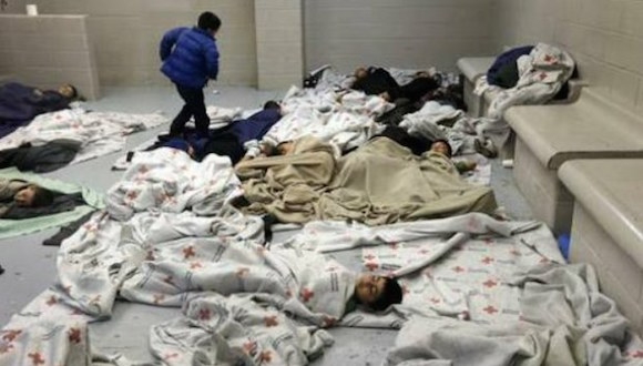 Aspecto de un centro de detención de migrantes en Brownsville, Texas. Foto: Ap