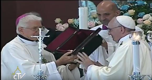 Arzobispo-Papa Francisco
