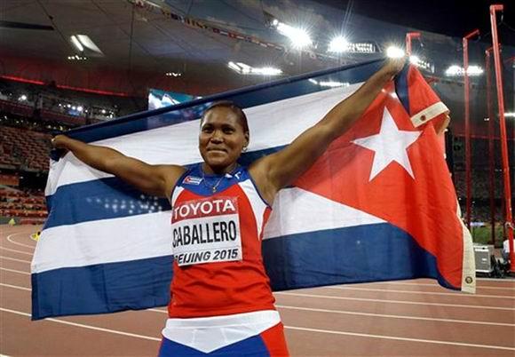 Denia Caballero, una de las principales atletas de Cuba. Foto: AP.
