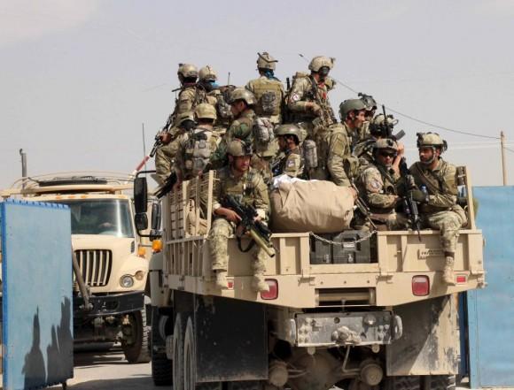 Fuerzas especiales afganas a su llegada a Kunduz, hoy. STRINGER/AFGHANISTANREUTERS