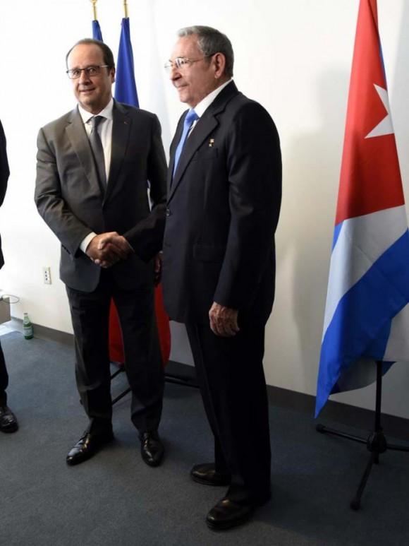 Sostuvo Raúl breve encuentro con Hollande en Nueva York