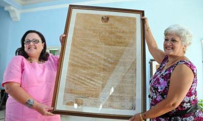 Entregan certificado de inscripción de Constitución de Jimaguayú en Memoria del Mundo