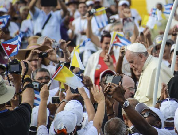 Misa Papa en La PLaza La Habana Kaloian-2