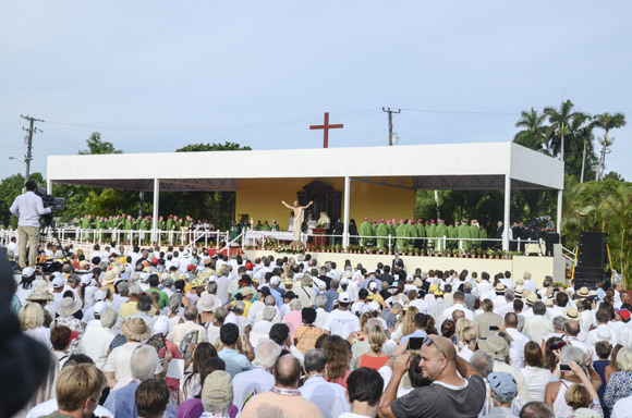 Misa Papa en La PLaza La Habana Kaloian-8