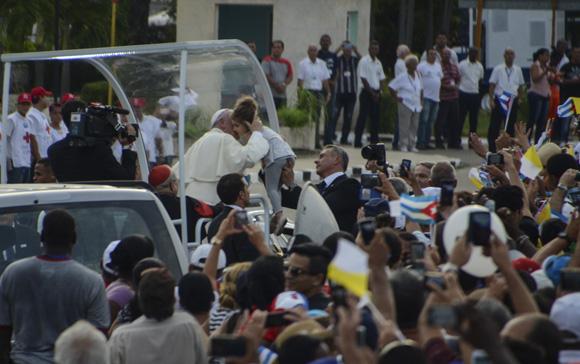 Misa Papa en La PLaza La Habana Kaloian