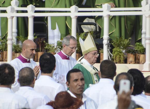 El Papa Francisco ofreció esta mañana por primera vez una Santa Misa en Cuba. Foto: Kaloian/ Cubadebate.