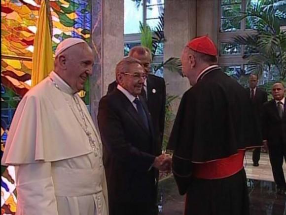 Papa en el Palacio de la Revolcuión