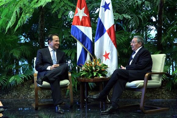 Recibió Raúl Castro al Presidente de Panamá Juan Carlos Varela
