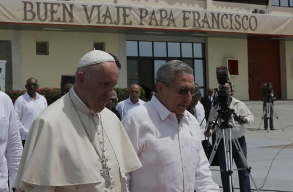 Despidió Raúl Castro al Papa Francisco
