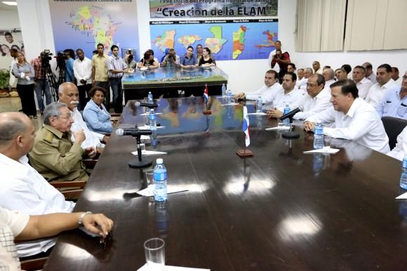 Raúl  y Varela en la ELAM 11 de septiembre 2015 Foto: Presidencia de Panamá