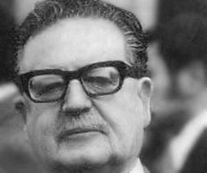 Salvador_Allende_2