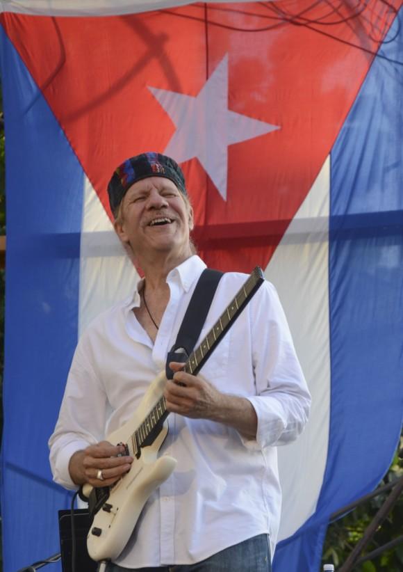 Silvio en Nuevo Vedado. Foto: Kaloian