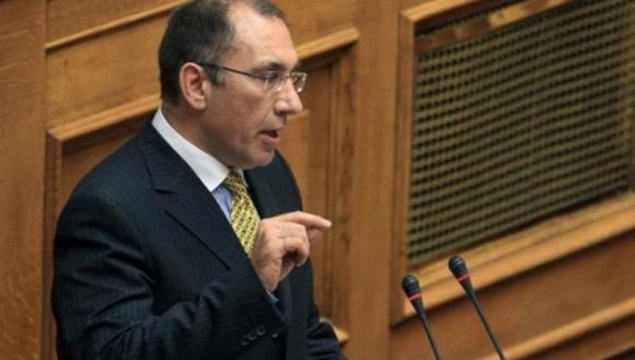 El nuevo viceministro griego de Transportes, Dimitris Kamenos, dimitió a sólo horas después de prestar juramento. | Foto: AP