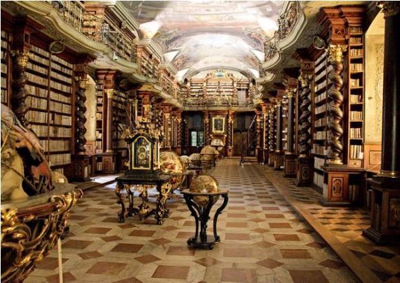 biblioteca praga 5