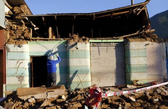 Casas destrozadas por el terremoto de 8,4 grados en la escala de Richter en Chile. Foto: AP.
