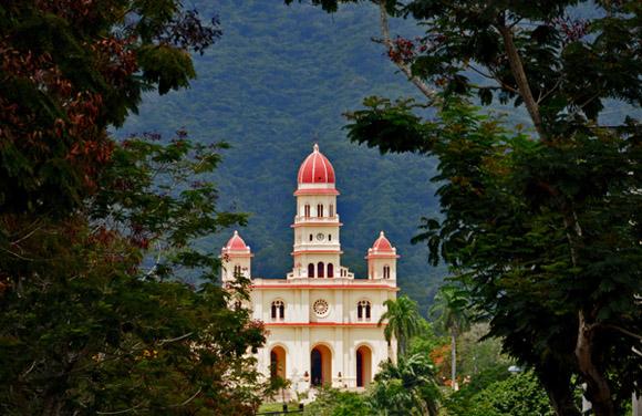 Santuario de la Virgen de la Caridad del Cobre. Foto: Ladyrene Pérez.